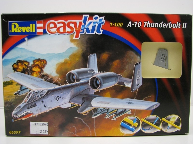 A-10 Thunderbolt II 1:100 Easy Kit Revell 06597